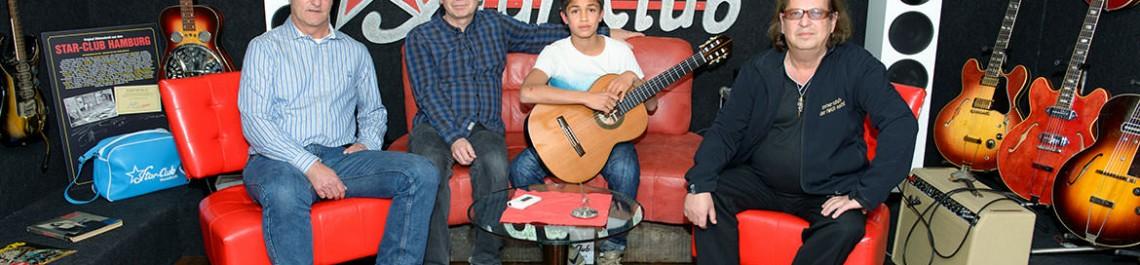 Entree und No1 spendieren Gitarre